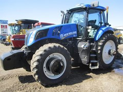 Tractor For Sale:  2013 New Holland T8.390 , 290 HP