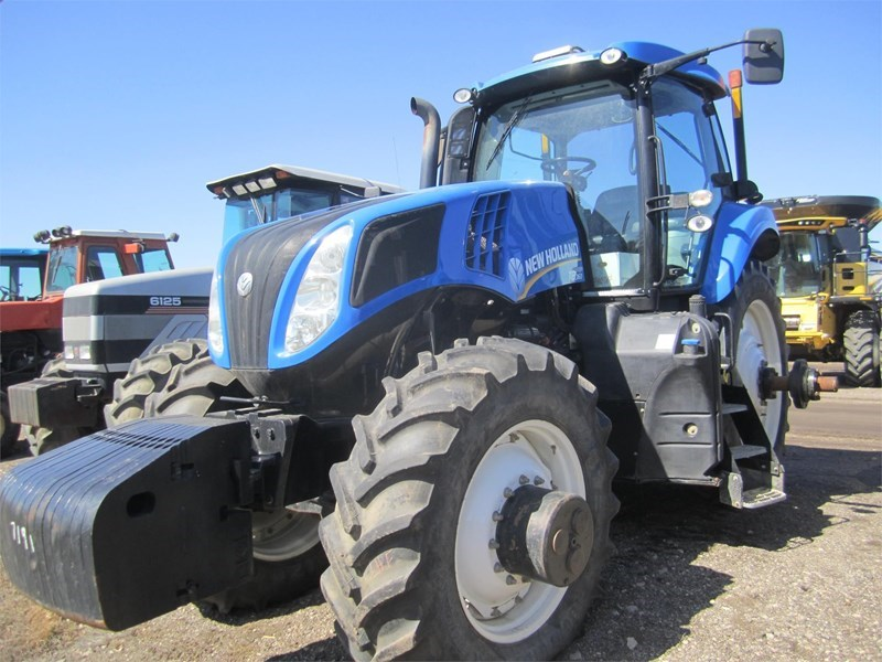 2014 New Holland T8.360 Tractor For Sale