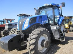 Tractor For Sale:  2014 New Holland T8.360 , 265 HP