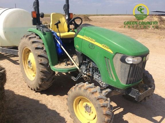 2013 John Deere 4320 Tractor For Sale