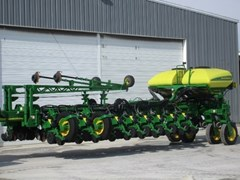 Planter For Sale 2018 John Deere 1775NT