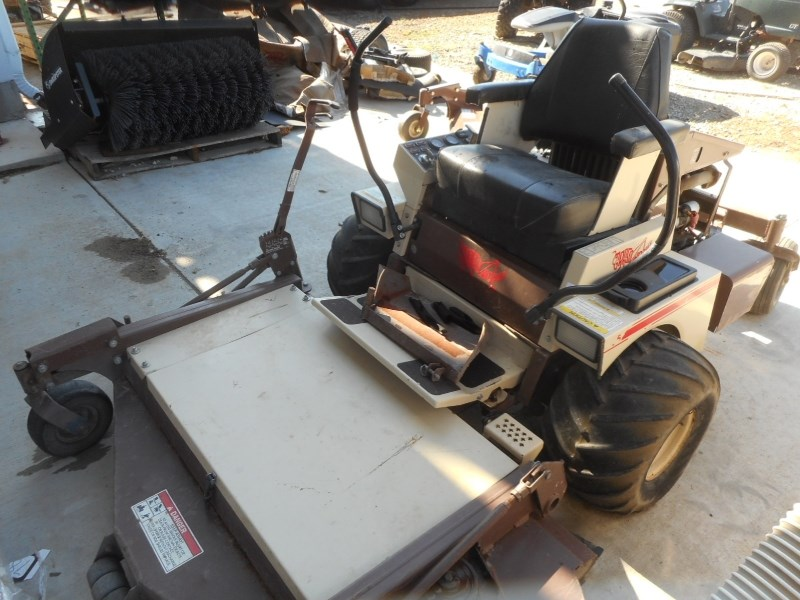 1998 Grasshopper 725 Zero Turn Mower For Sale