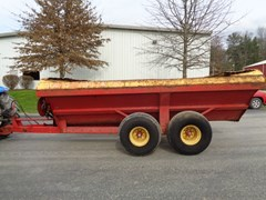 Manure Spreader-Dry For Sale 1987 New Holland 308