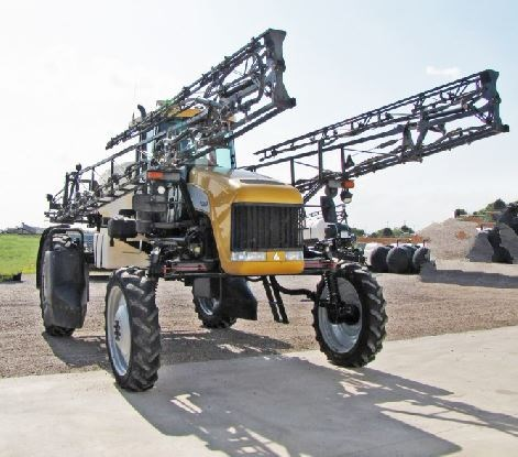 Spra-Coupe 7660 Sprayer-Self Propelled For Sale
