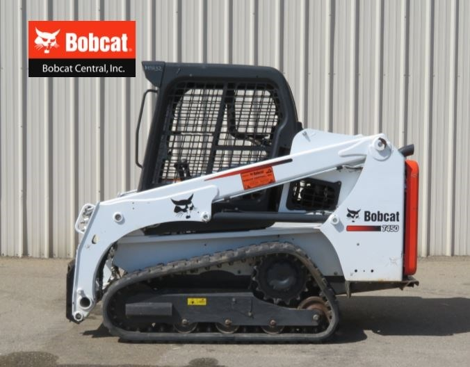 2016 Bob-Cat T450 Skid Steer-Track For Sale