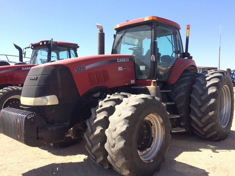 2008 Case IH MAGNUM 305 Tractor For Sale