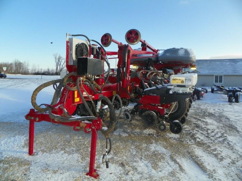 2015 Case IH 1255 Planter For Sale