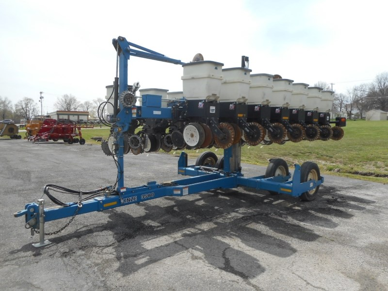2006 Kinze 3500-8/15RN Planter For Sale
