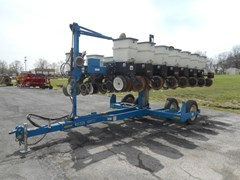 Planter For Sale 2006 Kinze 3500-8/15RN