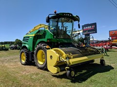 Forage Harvester-Self Propelled For Sale 2016 John Deere 8400