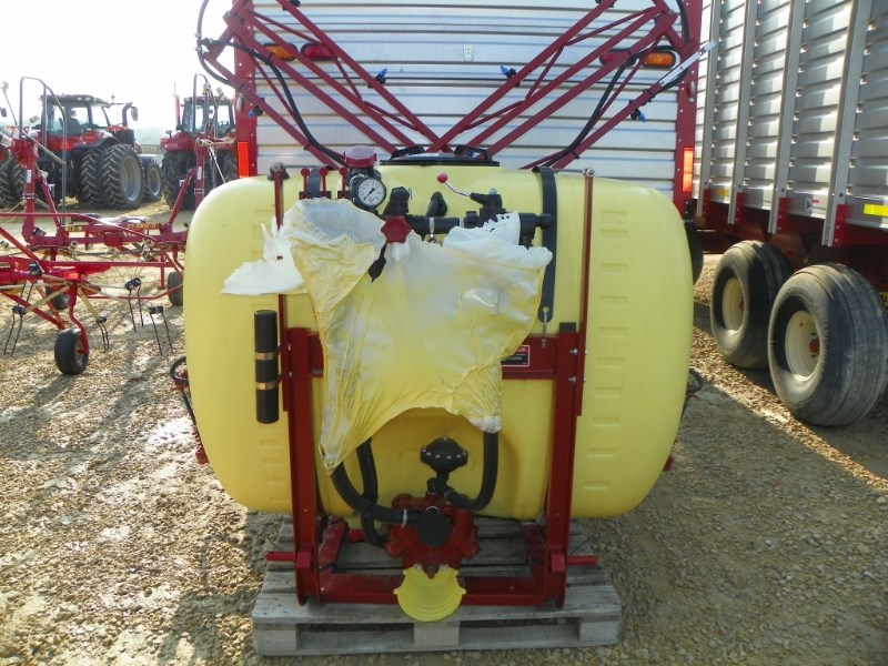 2016 Hardi N210 Sprayer-3 Point Hitch For Sale