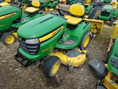 Riding Mower For Sale 2006 John Deere X520 , 26 HP