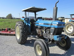 Tractor For Sale 1999 New Holland 7610 , 85 HP
