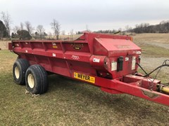 Manure Spreader-Dry/Pull Type For Sale 2012 Meyer SV7400T