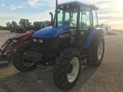 Tractor For Sale 2002 New Holland TS110 , 110 HP