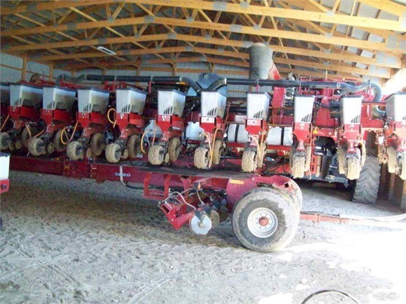 2011 Case IH 1240 Planter For Sale