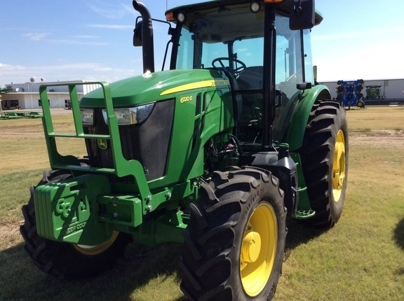 2016 John Deere 6120E Cab Tractor For Sale