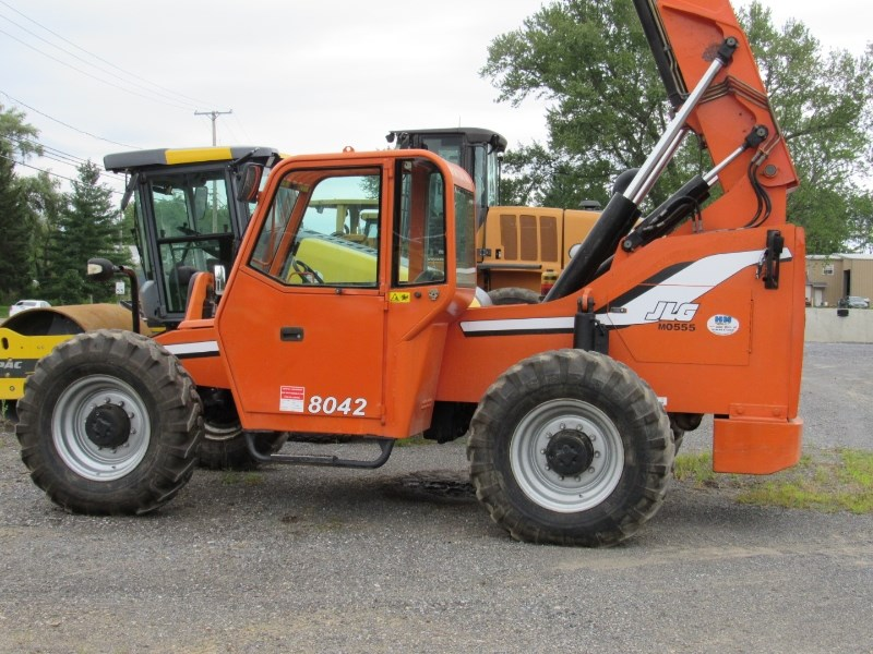 2010 Sky Trak 8042 Telehandler For Sale