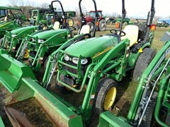 Tractor - Compact Utility For Sale 2010 John Deere 2520 , 25 HP