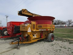 Tub Grinder - Feed/Hay For Sale 2014 Haybuster H1130