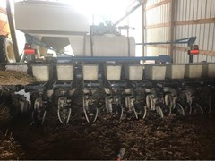 Planter For Sale Kinze DF