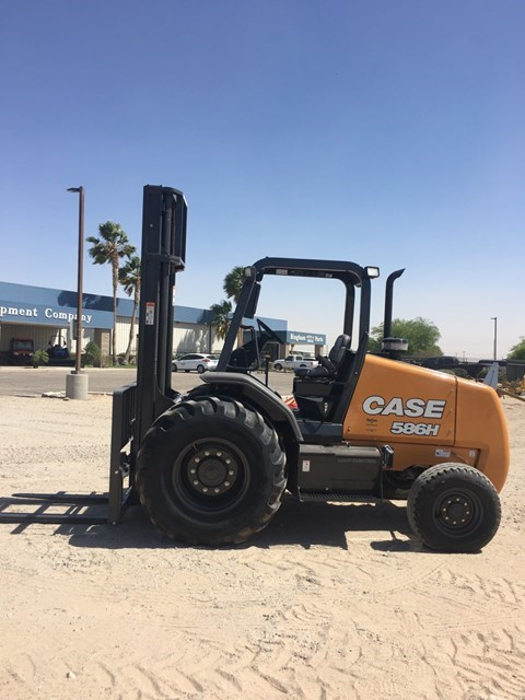 2017 Case 586H Lift Truck/Fork Lift-Rough Terrain