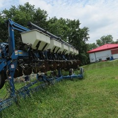 Planter For Sale 2010 Kinze 3600