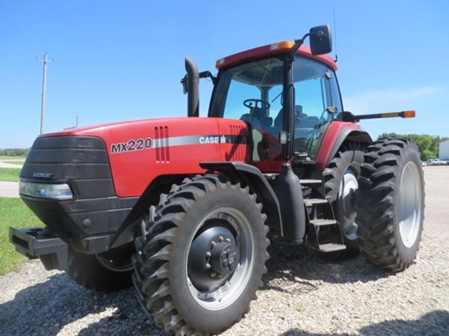 Tractor For Sale:  2001 Case IH MX220 , 220 HP