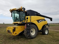 Combine For Sale 2003 New Holland CR920