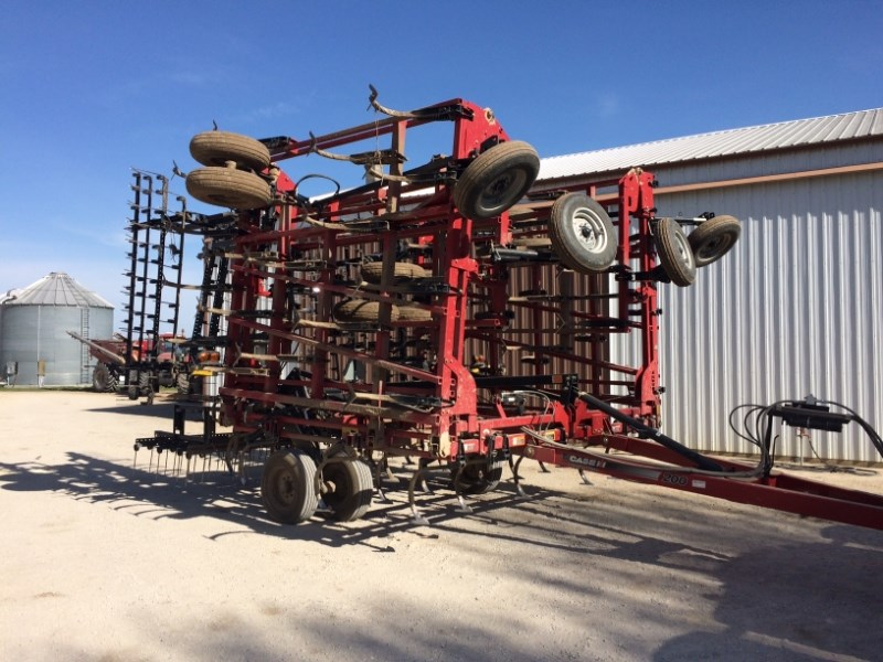 2010 Case IH TM 200 Field Cultivator For Sale