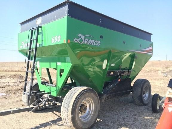 2016 Demco 650 Gravity Box For Sale