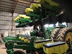 Planter For Sale 2013 John Deere 1720