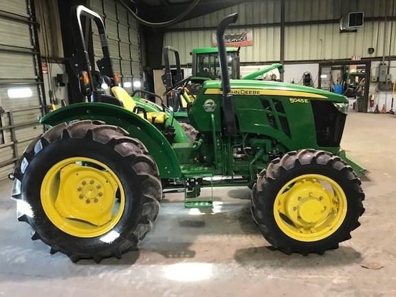 2015 John Deere 5045E Tractor For Sale
