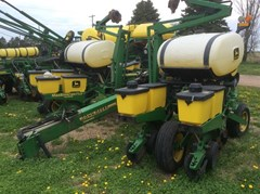 Planter For Sale 1996 John Deere 1760