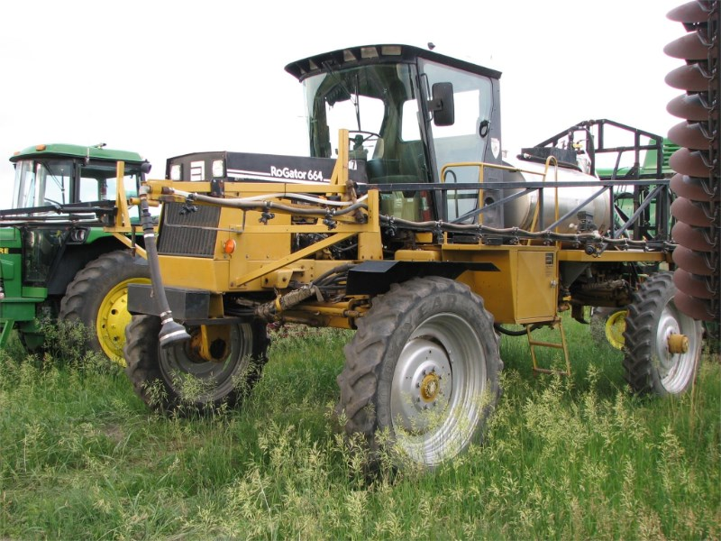 1994 RoGator 664 Sprayer-Self Propelled For Sale