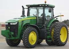 Tractor For Sale 2015 John Deere 8270R , 270 HP