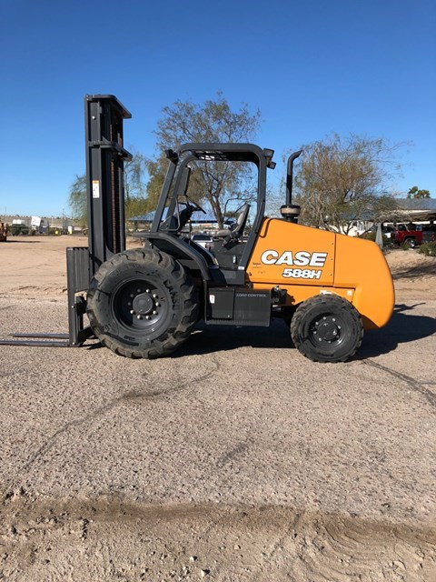 2018 Case 588H Lift Truck/Fork Lift-Rough Terrain