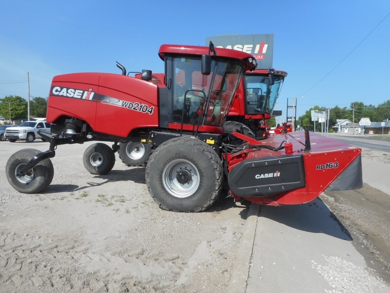 2015 Case IH WD2104-16 Windrower-Self Propelled For Sale