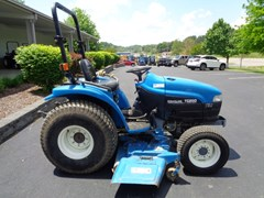 Tractor For Sale 2000 New Holland TC25D , 25 HP