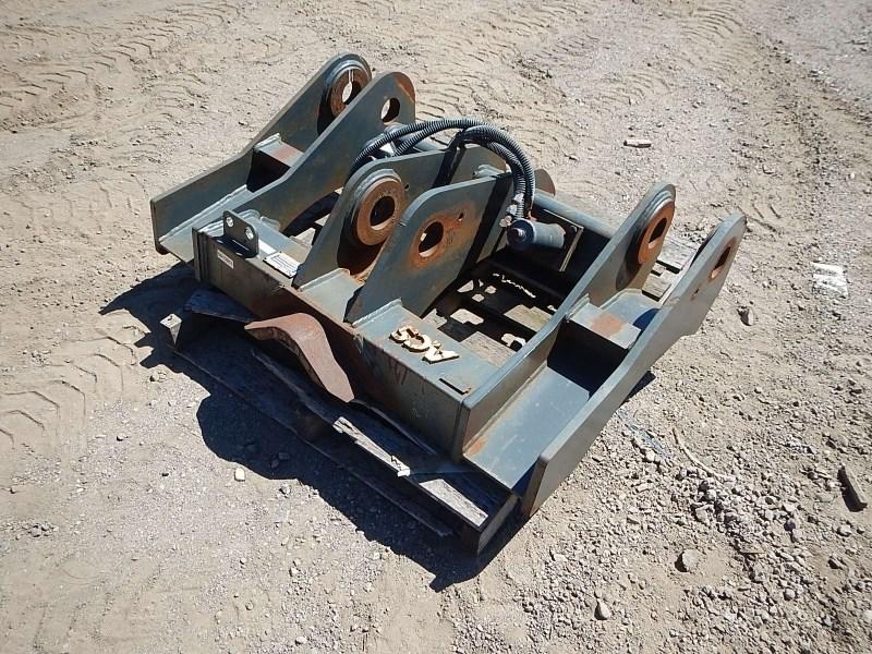 2008 ACS Industries WL Coupler, Fits Case 821E or Equivalent Aperos a la venta