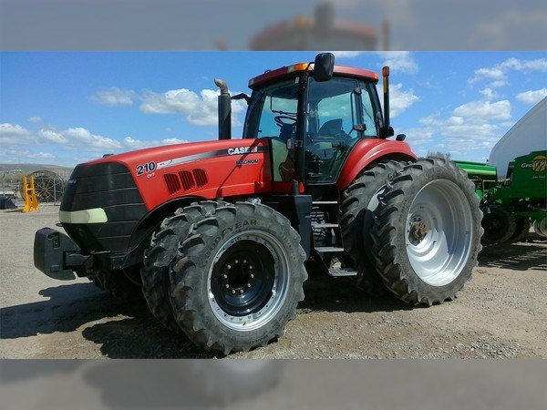 2010 Case IH MAGNUM 210 CVT Tractor For Sale