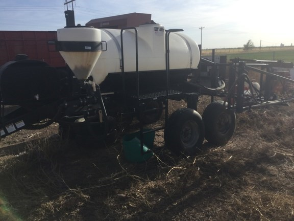 2007 Wylie 54 Pull-Type Sprayer-Pull Type For Sale