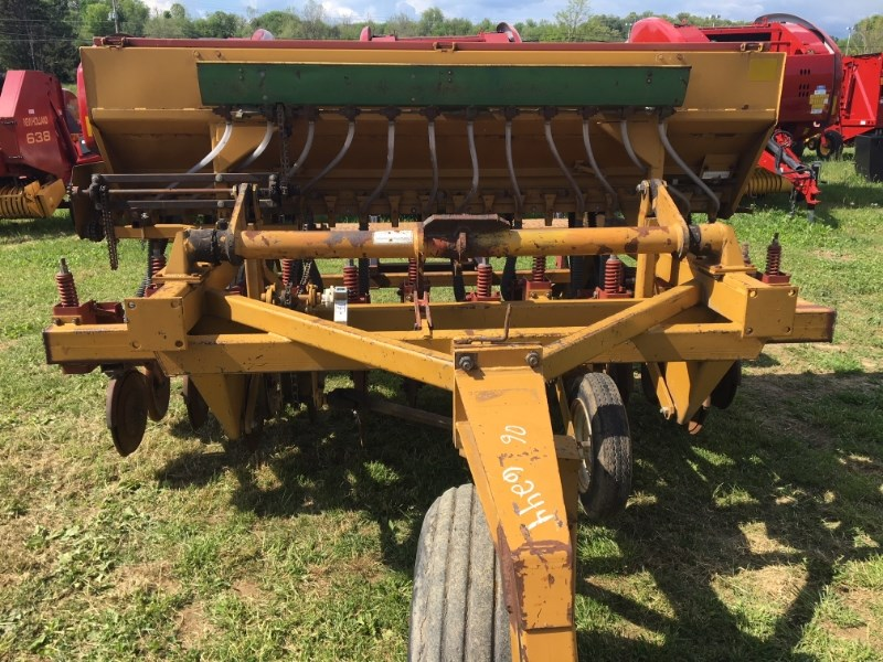 1989 Haybuster 107 Grain Drill For Sale