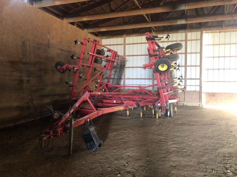 Sunflower 5035-30 Field Cultivator For Sale