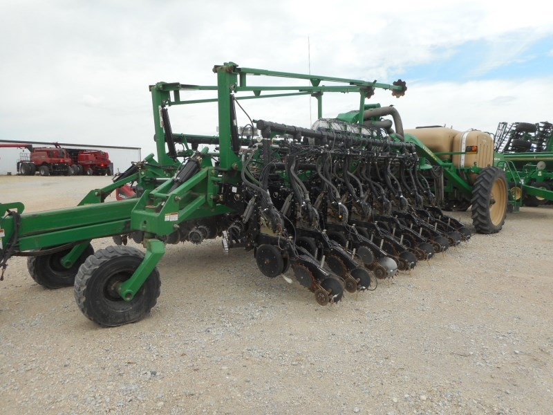Great Plains YP1625A-32TR Planter For Sale