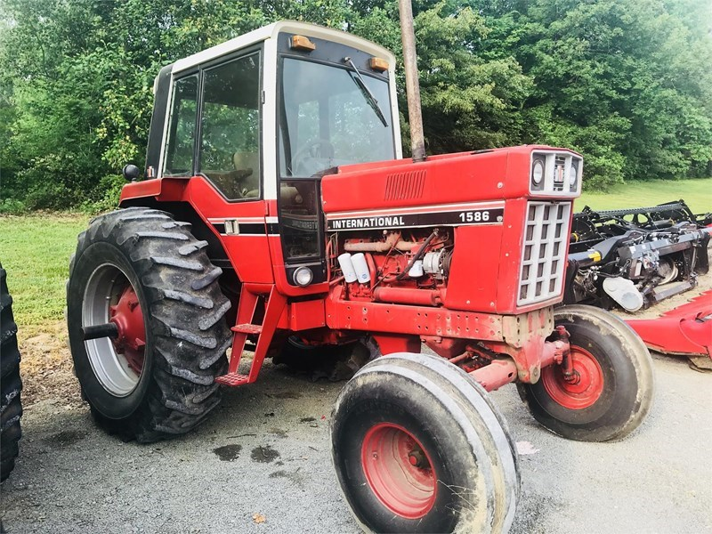 1980 International 1586 Tractor For Sale