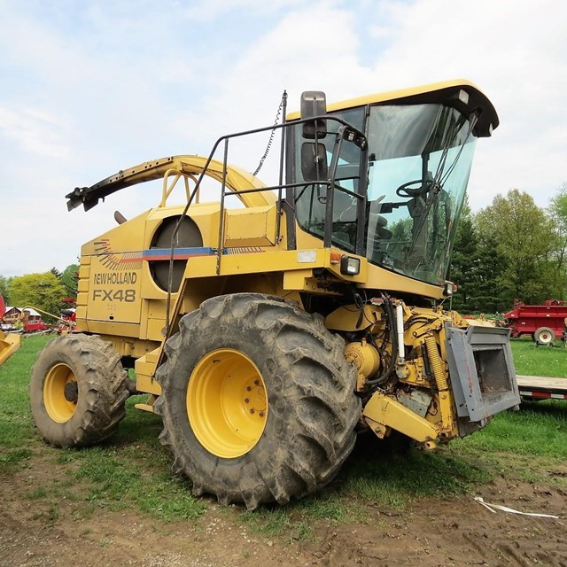 1998 New Holland FX48 Forage Harvester-Self Propelled For Sale
