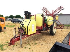 Sprayer-Pull Type For Sale Hardi NAV550