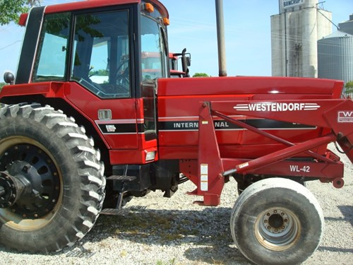 Tractor For Sale:  1983 IH 5288 , 160 HP