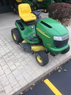 Riding Mower For Sale 2005 John Deere L118 , 22 HP
